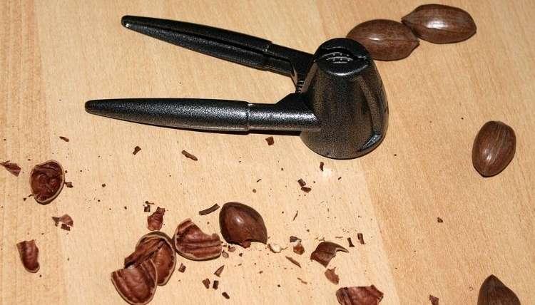 Nutcracker for Pecans