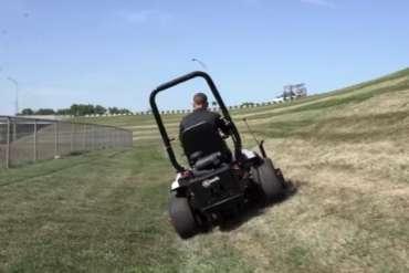 Zero Turn Mower for Steep Slopes